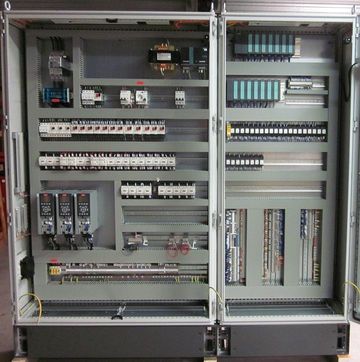 Opticab conception et r alisation d 39 quipements lectriques - Cableur d armoire electrique ...